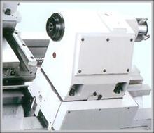 Гидравлическая пиноль задней бабки в базовой комплектации